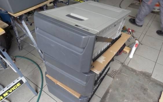 Naprawa lodówek samochodowych – usługa drzwi w drzwi